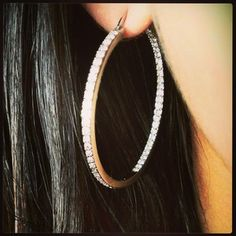 Amazing Chloe and Isabel hoops!! A must have! Purchase here: https://www.chloeandisabel.com/boutique/ursulaball#21045