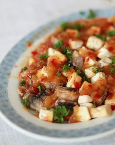 Fried cubes of silken tofu and milkfish fillets smothered with a sauce made with pineapple jam, mango ketchup, chili garlic sauce and sweet chili sauce.