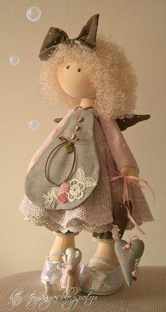 Handmade Doll   https://fbcdn-sphotos-b-a.akamaihd.net/hphotos-ak-ash3/535387_123133264535545_1569214042_n.jpg: