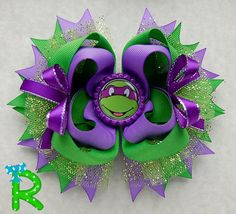 Ninja turtles layered Hair Bow Donatello by RoshelysBowtique Making Hair Bows, Diy Hair Bows, Diy Bow, Ninja Birthday, Girl Birthday, Hair Bow Tutorial, Turtle Party, Boutique Hair Bows, Girls Bows