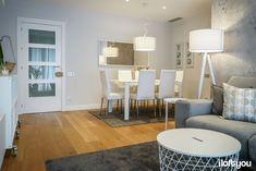 Flat in C/ Marina – i loft you – Interior Design Living Pequeños, Home Living Room, Living Room Decor, Zara Home, All White, Apartment Design, Interiores Design, Loft, New Homes