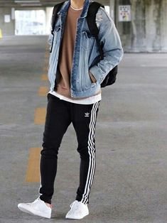 125 cheap premium mens streetwear summer – page 41 Stylish Mens Outfits, Sporty Outfits, Mode Outfits, Boyish Outfits, Jeans Outfits, Guy Outfits, Man Outfit, Stylish Clothes, Mode Streetwear
