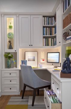30 Corner Office Designs and Space Saving Furniture Placement Ideas space saving ideas and furniture placement for small home office design The post 30 Corner Office Designs and Space Saving Furniture Placement Ideas appeared first on Design Ideas. Ikea Home Office, Small Home Offices, Home Office Space, Home Office Design, Home Office Furniture, Office Designs, Office Spaces, Work Spaces, Furniture Ideas