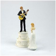 1 pair of white + black resin bride and groom jump guitar dance cake decoration ornaments groom bride doll decoration size: 8
