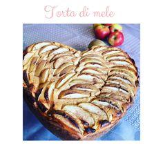 Ci deve pur stare qualcuno in #casa che si da ai #fornelli 😂  #tortadimele 🍎   Chi vuole la #ricetta ??