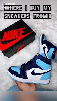 All Nike Shoes, Hype Shoes, Buy Sneakers, Sneakers Fashion, Jordan Shoes Girls, Girls Shoes, Cute Clothing Stores, Swag Shoes, Aesthetic Shoes