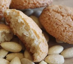 This is a traditional Maltese recipe of almond biskuttini, by lea Hogg