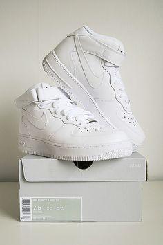 watch 25b8e e0530 Air Force sneakers Vita Sneakers, Sneakers Mode, Sneakers Nike, Nike  Basketball, Nike