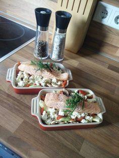 Low Carb Lachs mit Ofengemüse, ein schönes Rezept aus der Kategorie Gemüse. Bewertungen: 200. Durchschnitt: Ø 4,7.