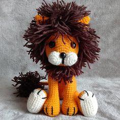 Ghy added a photo of their purchase Lion Crochet, Crochet Giraffe Pattern, Crochet Patterns Amigurumi, Crochet Toys, Crochet Baby, Piglet, Amigurumi Tutorial, Tutorial Crochet, Patron Crochet