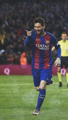 Football Player Messi, Football Players Images, Messi Soccer, Football Soccer, Fc Barcelona, Lionel Messi Barcelona, Messi Pictures, Messi Photos, Messi Neymar
