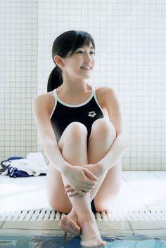 【渡辺麻友「スクール水着】最後の「まゆゆ」スク水だあああああ・・神・・・ の画像 テティ・ヤマゲンのブログ