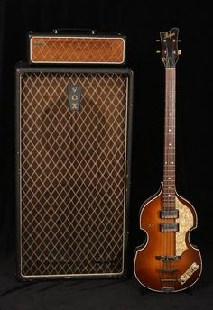 VOX Höfner Violin Bass I would love to play one of these. Bass Ukulele, Guitar Rig, Cool Guitar, Vintage Bass Guitars, I Love Bass, The Beatles, Beatles Bass, Beatles Photos, Bass Amps