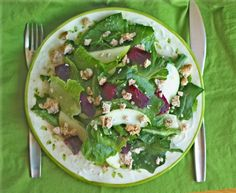 SOS Apples: Greens with Roasted Beet, Apple and Almond Feta Dairy Free Recipes, Raw Food Recipes, Cooking Recipes, Gluten Free, Vegan Pudding, Tomato And Cheese, Vegan Comfort Food, Food Now, Restaurant Recipes