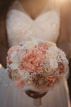 Wedding Bouquets, Wedding Styles, Wedding Day, Sparkle, Coral Weddings, Hair Styles, Pretty, Color, Ideas