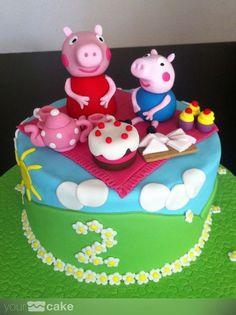 Tarta Peppa Pig fondant cake www.yourcake.es