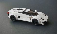 A pair of LEGO automobile all-stars hit the street again with Prius and Aventador models. Jonathan Elliott and hachiroku are back with rubber-burning minifig-scale cars! Lamborghini Aventador, Best Lamborghini, Lego Cars, Lego Truck, Lego Auto, Rc Cars, Lego Disney, Legos, Lego Poster