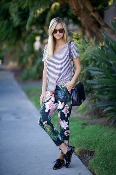 Mixing bold prints is stylish and fun. When you add a bit of floral, your outfit instantly morphs into full on springtime! Plus, these pants are super cute!