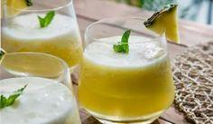 Suco de Abacaxi com Hortelã Gaseificado http://www.menucriativo.com/2014/02/suco-de-abacaxi-com-hortela-gaseificado.html