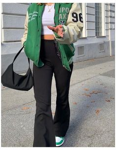 Adrette Outfits, Indie Outfits, Teen Fashion Outfits, Retro Outfits, Cute Casual Outfits, Green Outfits, Fashion Clothes, Tomboy Fashion, Look Fashion