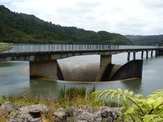 Lower Huia Dam. Oct 2011. Nz History, Auckland, Garden Bridge, New Zealand, Countries, The Good Place, Outdoor Structures, World, Places
