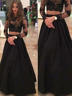 A-Line/Princess Long Sleeves Scoop Floor-Length Lace Dresses JollyProm