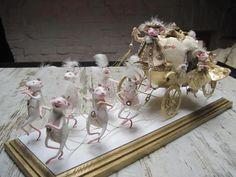 Choach for Cinderella Julia Gerasimato Bjd, Felt Crafts, Paper Crafts, Crochet Mouse, Tiny World, Egg Art, Kokeshi Dolls, Woodland Creatures, Paper Clay