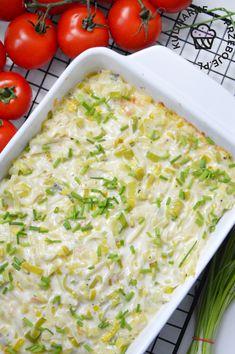Pyszny pomysł na łososia pieczonego w piekarniku. Soczysta ryba pod porową pierzynką to super pomysł na piątkowy, niedzielny, czy świąteczny obiad! Sprawdź! Aga, Risotto, Potato Salad, Macaroni And Cheese, Seafood, Grilling, Food And Drink, Cooking Recipes, Fish