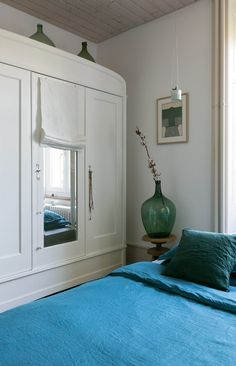 This Weekend: A Brand New Bedroom For Zero Dollars | Apartment Therapy
