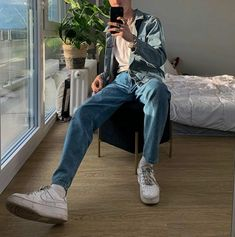 Stylish Mens Outfits, Casual Outfits, Indie Outfits, Fashion Outfits, Teen Boy Fashion, Denim Jacket Fashion, Black Jeans Outfit, Korean Fashion Men, Outfit Grid