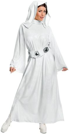 Rubies Womens Star Wars Classic Deluxe Princess Leia Costume -- Star Wars is back and better than ever with tons of great options to choose from for Halloween Costumes. Check out this star wars costume and all of our others! Costume Leia, Costume Star Wars, Star Wars Halloween Costumes, Got Costumes, Halloween Kostüm, Adult Costumes, Costumes For Women, Cosplay Costumes, Halloween Cosplay
