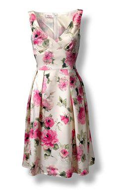 16 Ideas fashion classy chic floral skirts for 2019 Kleider Elegant Dresses, Pretty Dresses, Vintage Dresses, Beautiful Dresses, Casual Dresses, Summer Dresses, Floral Fashion, Fashion Design, Fashion Ideas