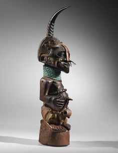 Statue, Songye, République Démocratique du Congo SONGYE FIGURE, DEMOCRATIC REPUBLIC OF THE CONGO Estimate 180,000 — 250,000 EUR LOT SOLD. 361,500 EUR | Sotheby's
