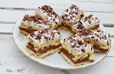 Just-t va premiaza pentru prajituri cu foi : Diva in bucatarie Romanian Desserts, Romanian Food, Romanian Recipes, Baked Goods, Tiramisu, Sweet Treats, Good Food, Food And Drink, Dessert Recipes