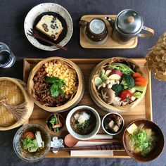 Japanese Food Sushi, Asian Recipes, Healthy Recipes, Cafe Food, Perfect Food, Food Presentation, Food Design, Good Food, Food Porn