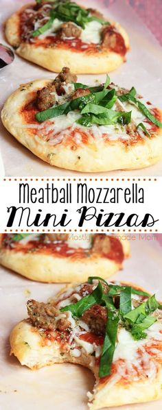 Meatball Mozzarella Mini Pizzas made with refrigerated rolls for the perfect crust! Marinara sauce, chopped meatballs, lots of mozzarella, and topped with fresh spinach and a garlic butter drizzle! Beef Pizza, Meatball Pizza, Mini Meatballs, How To Cook Meatballs, Recipe For Mom, Recipe Box, Mini Pizzas, Soup Kitchen, Flatbread Pizza