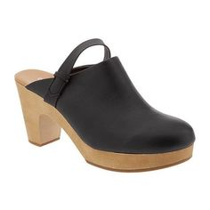 Old Navy Womens Platform Clogs ($33) ❤ liked on Polyvore