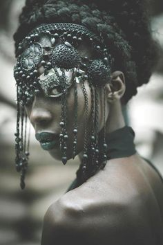 Amazing metal beaded headdress style mask with metal tassels and tribal coins. Photography for Elle International Magazine, China Tribal Fusion, Black Is Beautiful, Beautiful People, Simply Beautiful, Ethno Style, Lolita Cosplay, Warrior Princess, Dark Beauty, Headgear