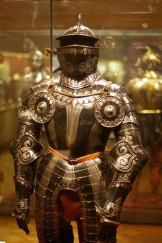 """Black-and-White"" Field armour North German, Armadura Medieval, Renaissance, Medieval Knight, Medieval Armor, Black And White Suit, Ancient Armor, Vintage Helmet, Armor Clothing, Landsknecht"
