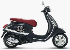 Vespa Primavera Black - Simply White Striping Concept