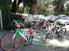 Contamos con estacionamiento para tu bicicleta.