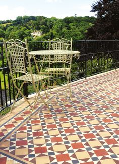 Victorian Floor Tile Lambeth Pattern with Modified Wordsworth border in Red, Buff, Black, Brown and White