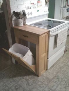 If you are looking for Small Kitchen Remodel Ideas, You come to the right place. Below are the Small Kitchen Remodel Ideas. This post about Small Kitchen R. Small Space Living, Small Space Hacks, Home Organization, Small Spaces, Kitchen Remodel Small, Tiny House Storage, Home, Home Diy, Home Decor