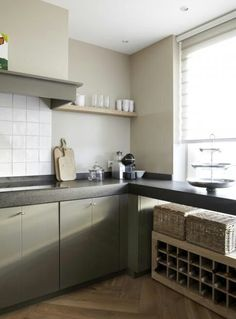 layout to your existing kitchen.also like cabinet colour> Kleur en keukenblad Zen Kitchen, My Kitchen Rules, Kitchen Time, Rustic Kitchen, Kitchen Dining, Kitchen Decor, Wooden Worktop Kitchen, Kitchen Cabinets, Small Tiles
