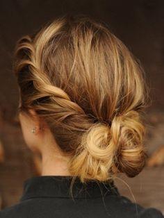 so pretty - bridesmaid hair
