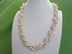 Genuine Freshwater Pearl Necklace Lady Handcraft Unique Design Wedding Party