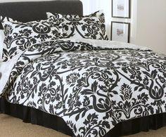Vivid, strong and very hip, this black and off white  damask teen bedroom set is perfect for your Couture Chic. Preteen and teens bedding is hot and Carlie's Couture black damask bedding is right up her alley.