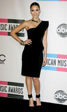Jessica Alba Wearing A Black One Shoulder Cushnie et Ochs Dress At The American Music Awards 2010