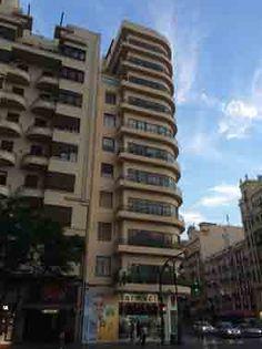 Carrer San Vicente 71. Edificio Alonso. Arquitecto luis Albert Ballesteros, 1936 - 1940.