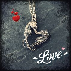 Little pygmy Seahorse Heart Necklace Valentine love by AWolfandI Wire Wrapped Jewelry, Beaded Jewelry, Jewelry Box, Jewelery, Jewelry Necklaces, Jewelry Making, Jewelry Ideas, Vintage Jewelry, Cartonnage